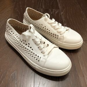 Sam Edelman Shoes - Sam Edelman White size 9 rayna Tennis Shoes
